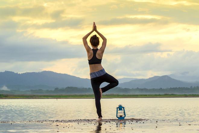 Tập các bài Yoga tăng cường tại nhà